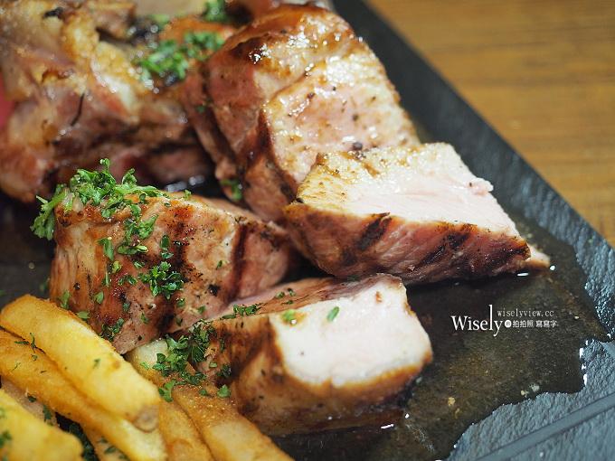 噶瑪蘭戰斧豬排 Grilled tomahawk pork chop