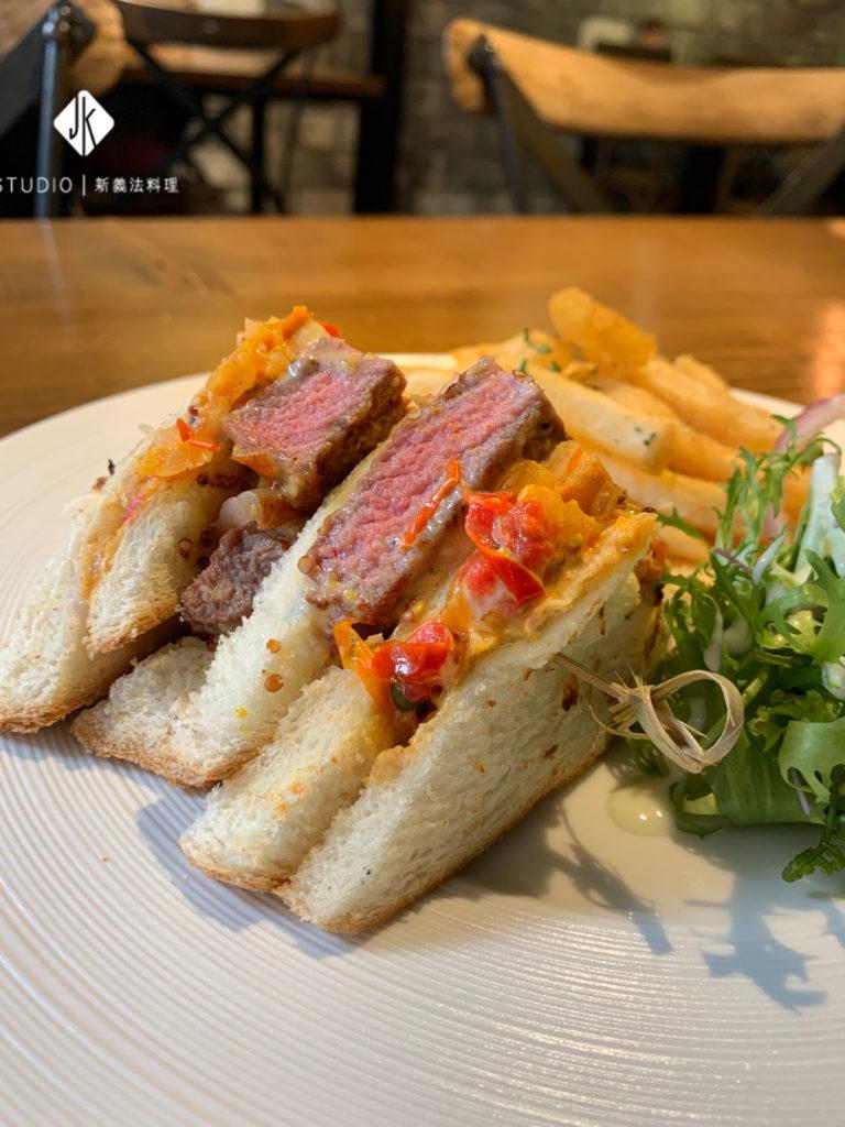 JK高檔牛排三明治 / JK包場專屬預訂餐點